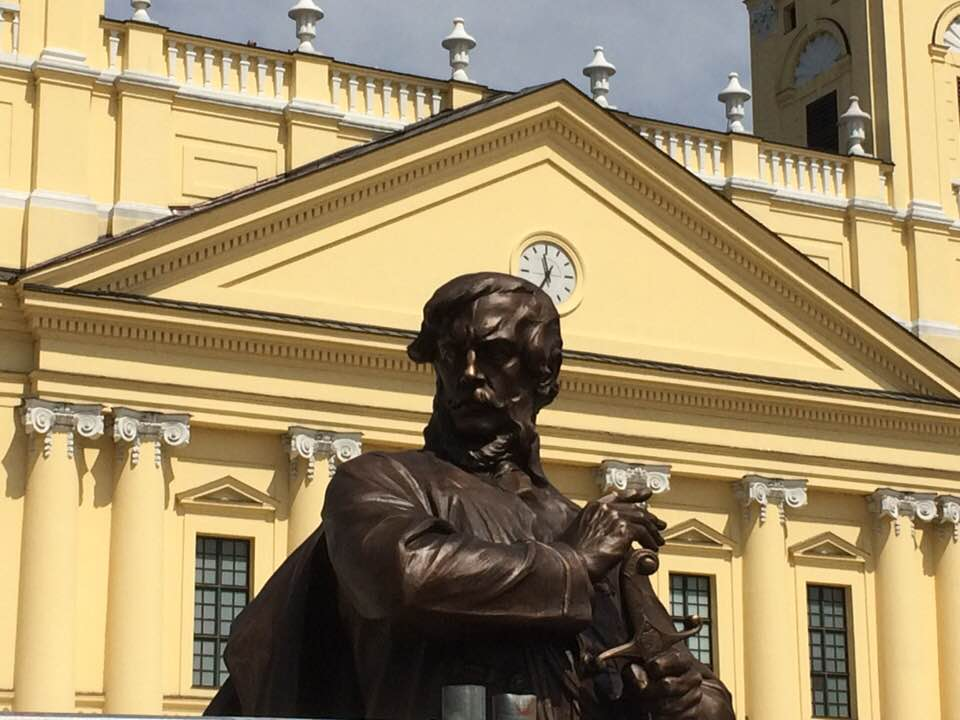 Kossuth visszatér - Haromfold.hu - Karcag és környéke hírek ... 74f35fed22